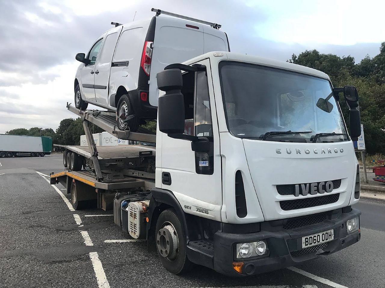 IVECO EUROCARGO Recovery Truck - Thumbnail 1